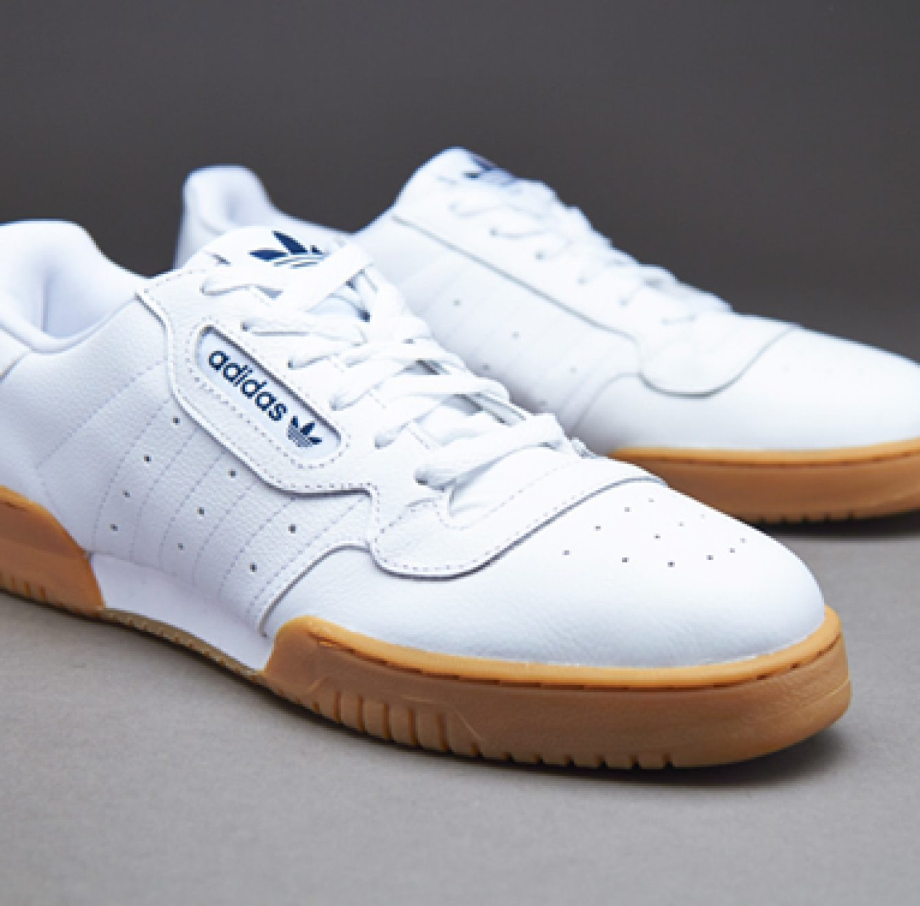 Les Adidas Calabasas Powerphase arrivent | NOBODY CARES