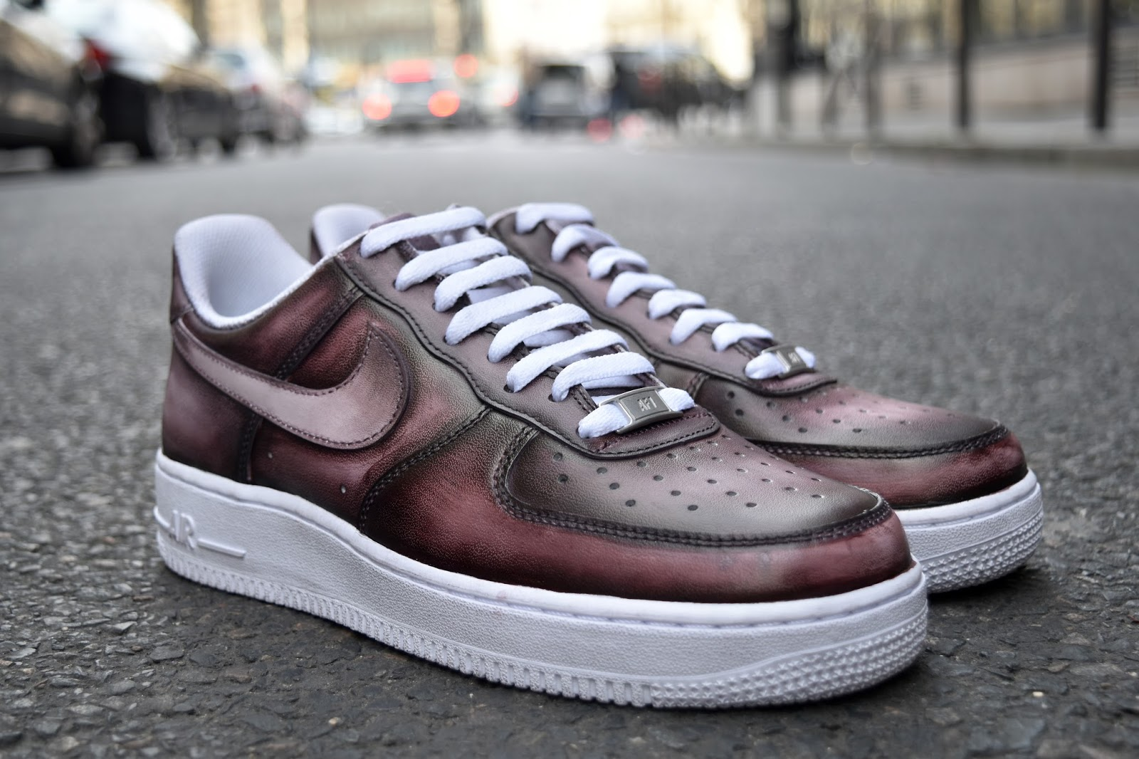 newest c4ad7 3a3a3 Nike Air Force One Low Patine dégradée et nuances de marron havane