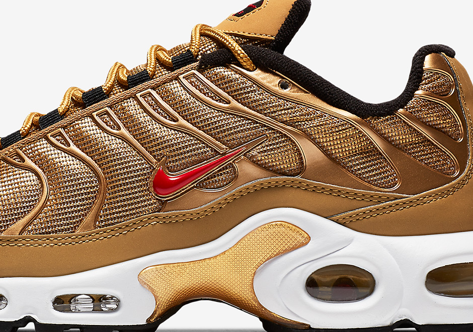 2017 Nike Air Max Plus Metallic Gold Tuned Requin Homme Or