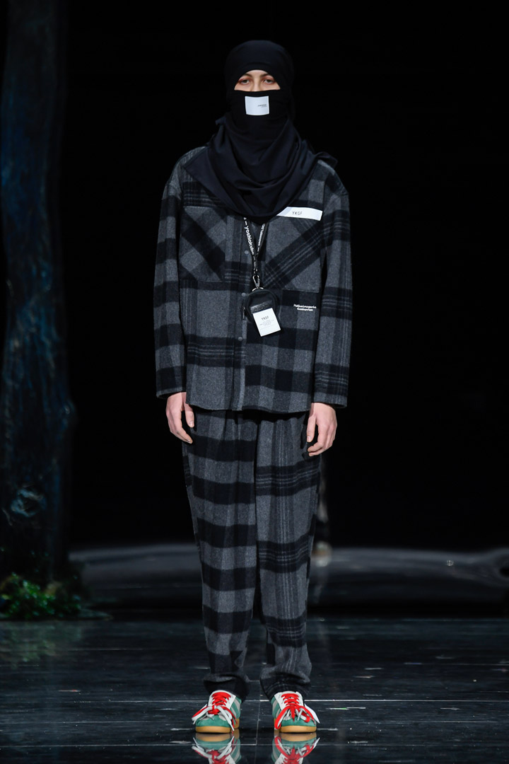 yoshiokubo_19aw_collection_hallucinogenic_costumes